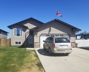 Perfect Family Home For SALE in St. Paul, AB