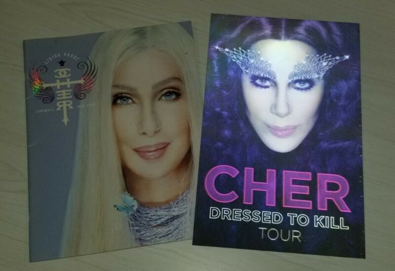 Cher Dressed To Kill Concert Tour Hologram Poster & 2002 Tour Program Lot