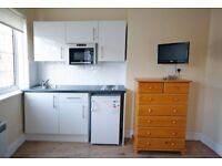 Stanmore HA7: Studio Flat £640pcm Inc Council Tax & Water & Free WiFi