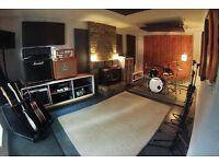 Rehearsal room for bands, musicians in Waterloo