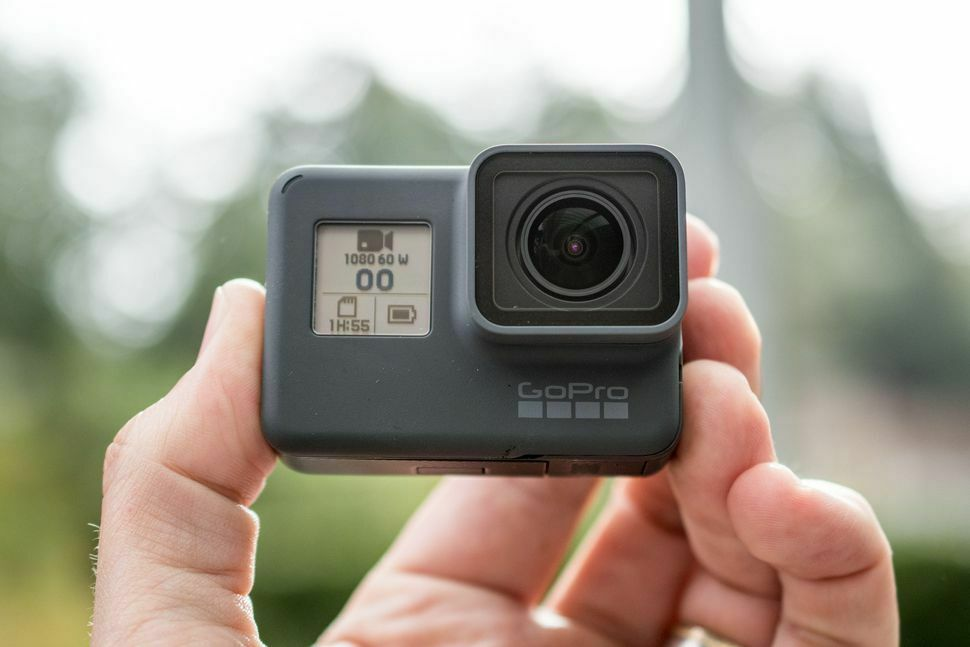 new-gopro-hero7-black-4k-waterproof-action-camera-touchscreen-12mp-2160p-video