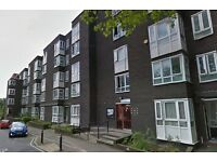 ***NO DSS*** 1 BED GROUND FLOOR FLAT IN THE ELEPHANT AND CASTLE VICINITY. AVAILABLE NOW.