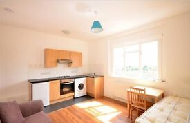 Studio flat in Mountview Road, Crouch Hill, London. N4 4SL