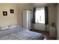 Single bedroom (double bed)1 minute tube