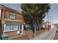Three Bedroom House available in Winchester Road, Shirley for £925 Per Month - 24th March