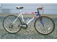 SCOTT MOUNTAIN BIKE/BICYCLE