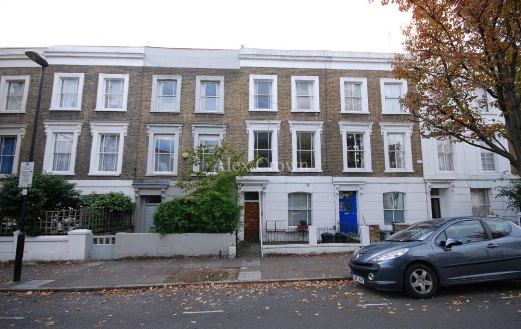 3 bedroom flat in Sussex Way, Holloway
