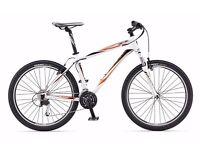 giant revel 2 mountain bike hardly used