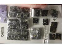 70+ various items of jewellery. New packaged