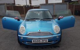 2005 Mini Cooper One Blue