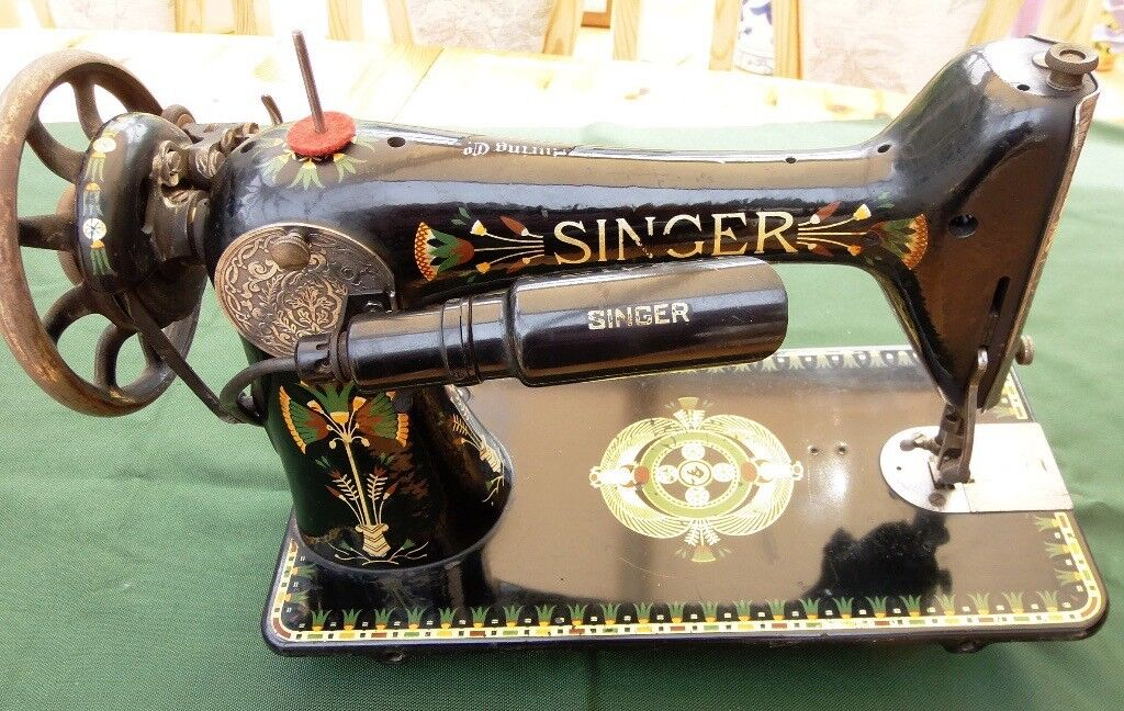 VINTAGE 40 SINGER SEWING MACHINE Model 40K With Rare Peacock Interesting Lotus Singer Sewing Machine