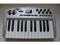 M-Audio Oxygen8 v2 Controller Keyboard