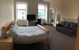 Very Large Double Room Next to Haymarket