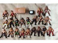 21 WWE Figures £15 Bargain!