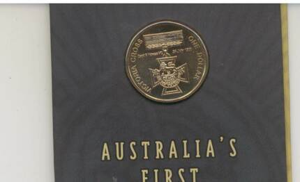 2000 VICTORIA CROSS $1 Carded Coin. UNC -HIGHLY Collectable ! Wembley Cambridge Area Preview