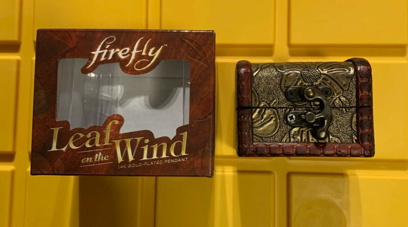 Geek Fuel exclusive Firefly Leaf on the Wind 14K Gold Plated Pendant w Case NIB