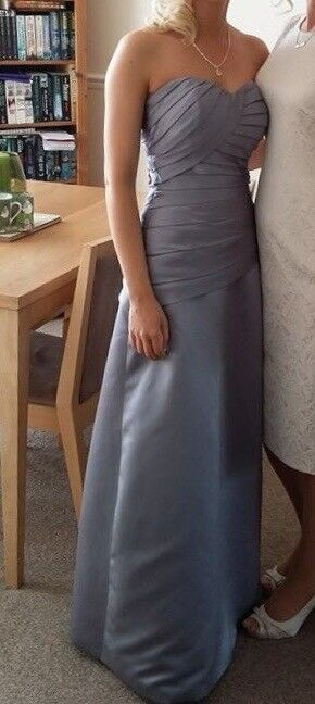 Bridesmaid/Prom Dress size 6/8 great condition