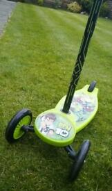 Ben 10 scooter perfect condition like new £10.
