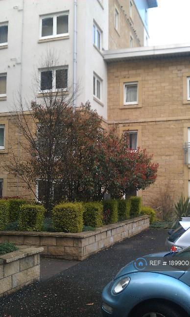 2 bedroom flat in Pilrig Heights, Edinburgh, EH6 (2 bed)