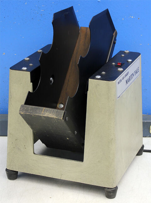 Martin Yale Model 400 Table-top Paper Jogger Machine