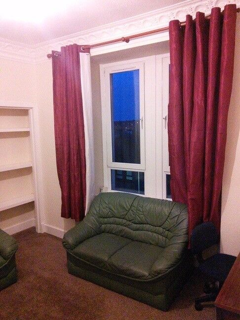 RECENTLY REFURBISHED AND BRIGHT 1 BEDROOM STUDENT FLAT. 12 MINS WALK TO DUNDEE UNI. (13BEN2M)