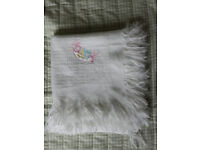 Lightweight/summer baby/cot blanket - Mamas and Papas
