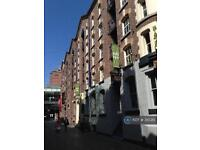 2 bedroom flat in Button Street, Liverpool, L2 (2 bed)