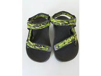 Brand new Teva toddler sandals - size EU 22-23 (UK 5-6)