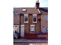 4 bedroom house in Cowper Road, Sittingbourne, ME10 (4 bed)