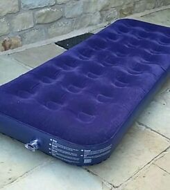 Single camping airbed blue