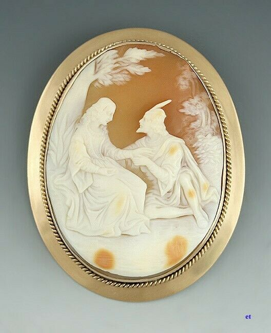 Finest Quality 14k Gold Courting Scene Robin Hood Cameo Pin