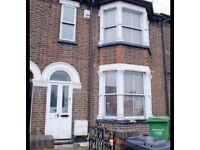 Three beds available in a six bed student house share, close to uni, train station and town