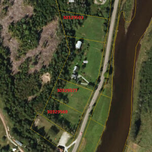 Building lots on the Hammond River