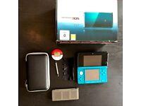 Nintendo 3DS aqua blue + Charger + docking station + 16 games !