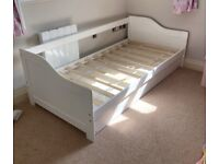 Single day bed with trundle single bed