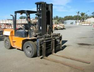 7000kg diesel forklift with 3 stage mast sideshift fork positioner Malaga Swan Area Preview
