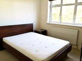 Luxury 3 bedroom for rent in NW11