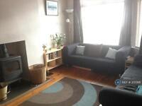 3 bedroom house in Cranbourne Road, Manchester, M16 (3 bed)