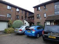 1 bedroom flat in Braybourne Drive, Isleworth, TW7 (1 bed)