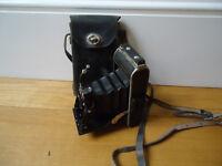 Vintage Voigtlander folding bellows camera with case - collectable