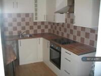2 bedroom house in Old Road, Clacton-On-Sea, CO15 (2 bed)