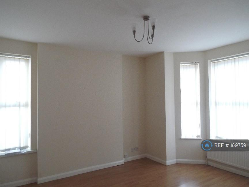 1 bedroom flat in Colwick Road, Nottingham, NG2 (1 bed)