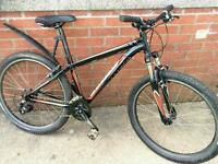 Specialised hardrock v mountain bike.