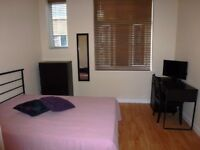 Modern double bedroom including bills, WIFI, cleaner in Swindon town centre