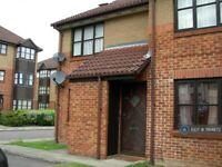 1 bedroom flat in Conifer Way, Wembley, London, HA0 (1 bed) (#1184872)