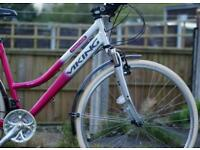 "Elegant Ladies Aluminium 700c Hybrid Tourer Mountain Bike - Large 19"" Frame - Everything Works"