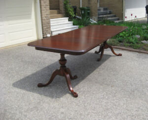 Gorgeous 12p. Antique Chippendale Mahogany Table, Chairs, Buffet