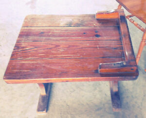 Vintage Heavy Wood Table Price reduced to $20.00 Cornwall Ontario image 2