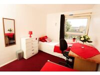 Twin room in Mile End Road