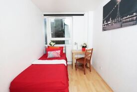 Spacious single room near Whitechapel/Canary Wharf 07706814372
